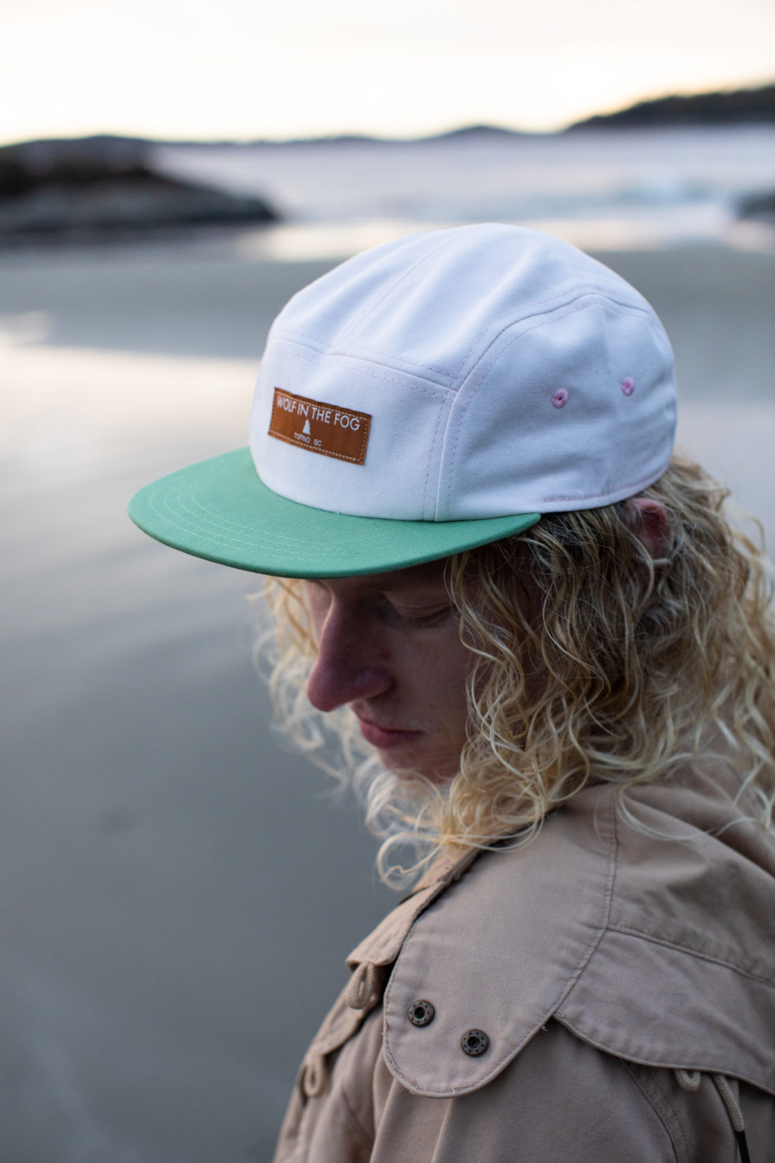 5 Panel Hat in White and Green